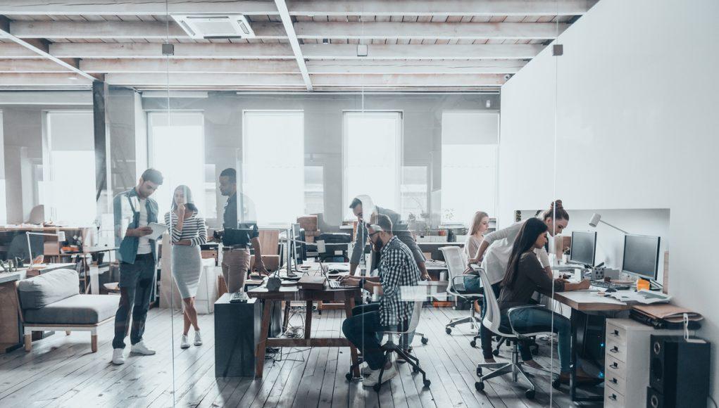 Hoe houd je de sfeer goed op kantoor