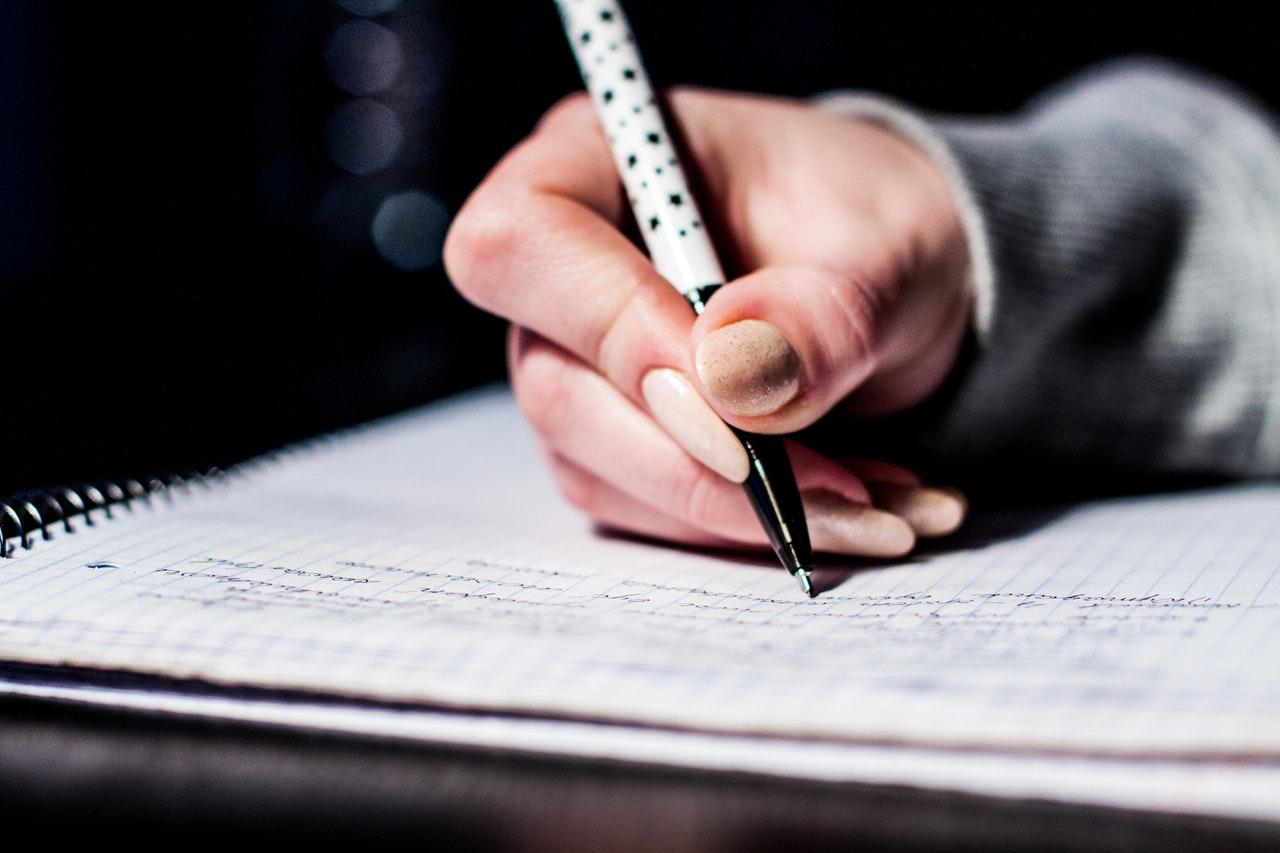 pen-idea-bulb-paperbedrijfsnaam-kiezen-4