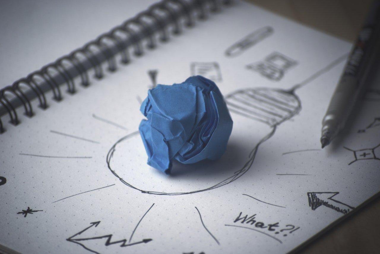 pen-idea-bulb-paperbedrijfsnaam-kiezen-3